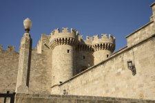 Palace-of-the-Grandmaster-Rhodes-720x481.jpg