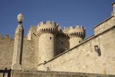 Palace-of-the-Grandmaster-Rhodes-720x481.jpeg