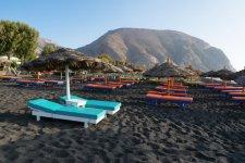 Perissa-Beach-720x480.jpg